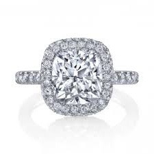 tips for engagement rings with diamonds